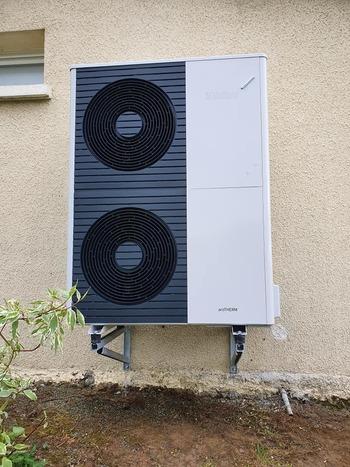 Installation d'une Pompe à chaleur Air/Eau Vaillant (chauffage et production d'Ecs)