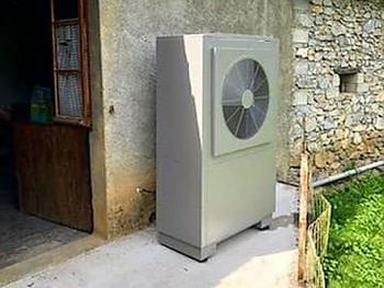 Installations d'une Pompe à Chaleur Air/Eau et d'un ballon thermodynamique de marque AUER