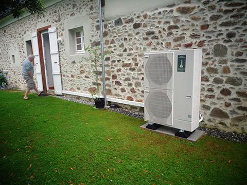Rénovation - Pompe à chaleur Air Eau -ARKTEOS ZURAN 100V ECS