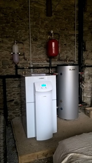 Rénovation - Pompe à chaleur Eau glycolée Eau - VAILLANT VWS 141 2