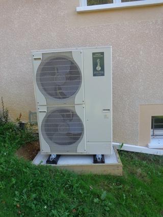 Rénovation - Pompe à chaleur Air Eau - ARKTEOS ZURAN 100V ECS2 exterieur